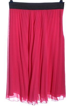 H&M Falda plisada rosa-negro look casual