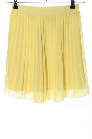 H&M Pleated Skirt primrose casual look