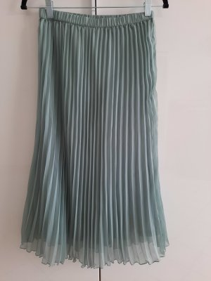 H&M Pleated Skirt sage green