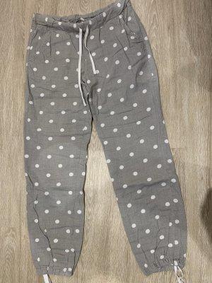 H&M Pyjama Jogginghose gepunktet grau weiß