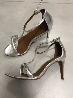 H&M Strapped pumps silver-colored