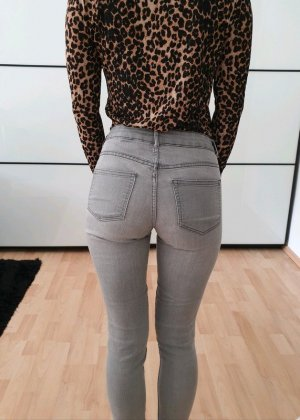 H&M Röhrenjeans XS 32 34 grau used Look skinny Röhre Jeans Hose Pants Leggings