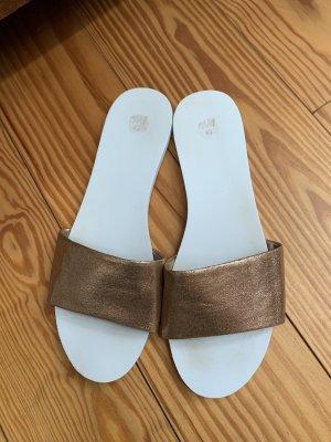 H&M Sandale Pantolette weiß roségold