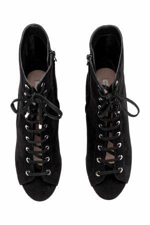 H&M Sandalette Schnürung Stiefelette Ankle Boots Peeptoe schwarz Leder Gr. 41