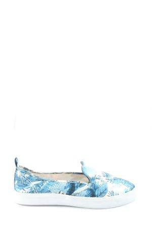 H&M Schlüpfsneaker blau-weiß Blumenmuster Casual-Look