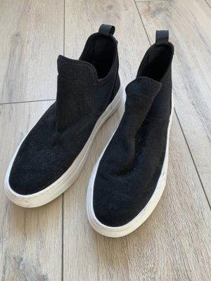 H&M – schwarz Sneaker – EUR 37