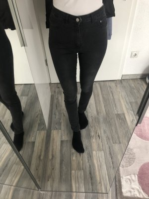 H&M schwarze high waist jeans
