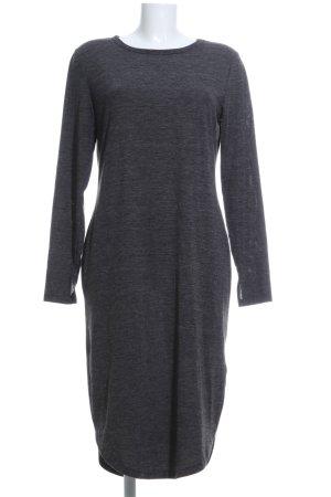 H&M Vestido estilo camisa gris claro estampado repetido sobre toda la superficie