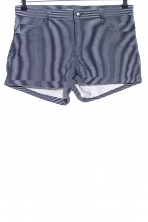 H&M Shorts blue-white striped pattern casual look