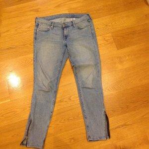 H&M Skinny Jeans in Gr. 28 mit Reißverschlüssen an den Knöcheln