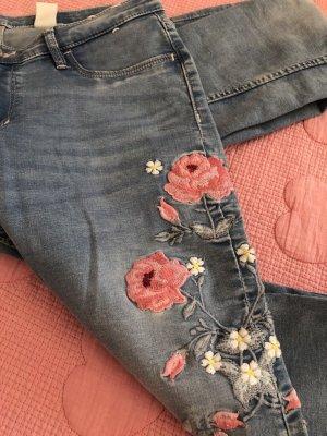 H&M Skinny Jeans mit Stickereien