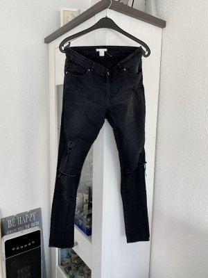 H&M Skinny Jeans Regular Waist destroyed schwarz 40