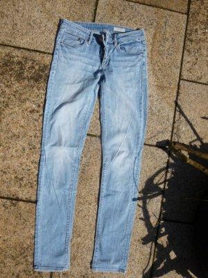 H&M Slim Jeans Gr. 26 Länge 32