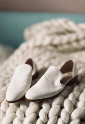 H&M Slipper Schuhe weiß neu 38
