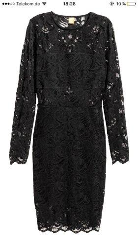 H&M Spitzenkleid in schwarz