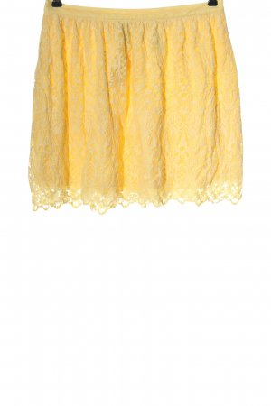 H&M Lace Skirt primrose mixed pattern casual look