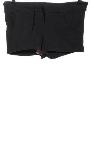 H&M Pantalón corto deportivo negro look casual