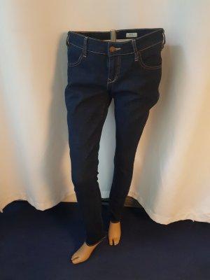 H&M Sqin Gr. 31 /34 Röhre slim leg low waist neu