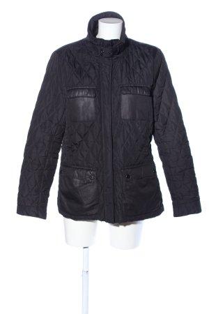 H&M Steppjacke schwarz Steppmuster Casual-Look