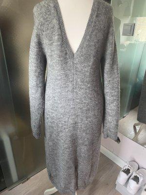 H&M Robe en maille tricotées gris
