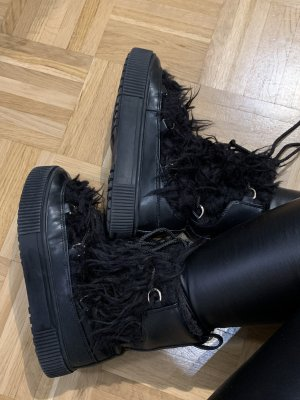 H&M Fur Boots black