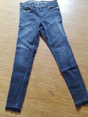 H&M Stretch Trousers black-dark grey