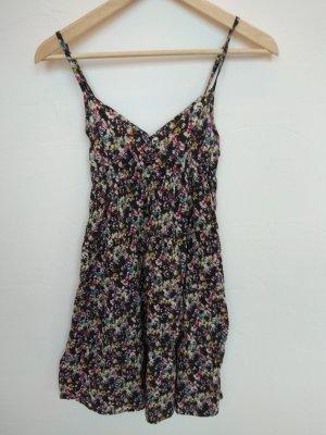 H&M Streublumenkleid schwarz (S)