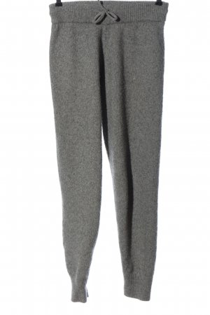 H&M Pantalón deportivo gris claro moteado look casual