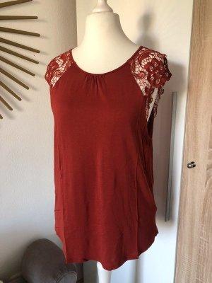 H&M T-Shirt mit Spitzen-Ärmeln rostfarben rot, Gr.