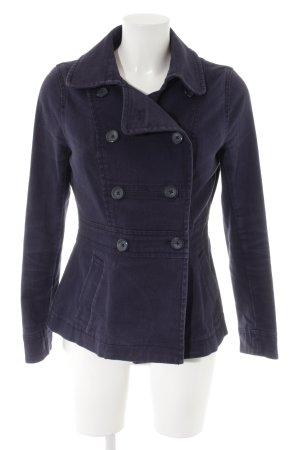 H&M Übergangsjacke dunkelblau Webmuster Street-Fashion-Look