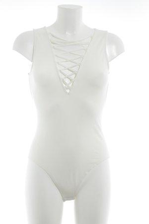 H&M V-Ausschnitt-Shirt wollweiß Street-Fashion-Look