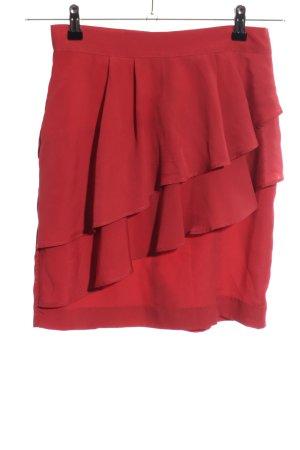 H&M Falda con volantes rojo look casual