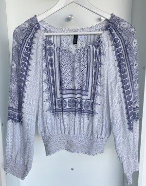 H&M - Weiße Bluse mit Blauem Muster (ungetragen)