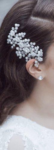 Haarstecker mit weißen Perlen