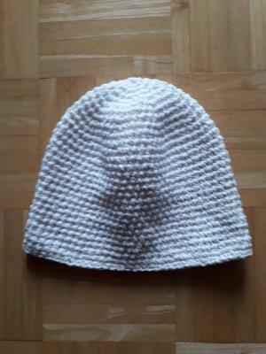 Cap white