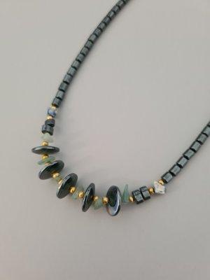 Vintage Collar de perlas gris oscuro-verde claro