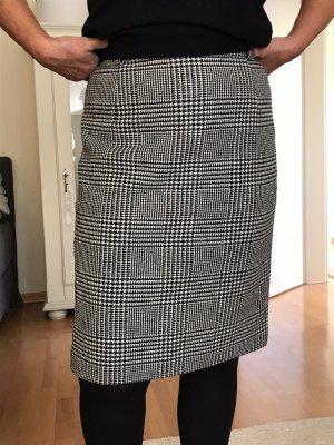Cavita Jupe en laine noir-blanc