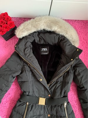 Halb langer mantel