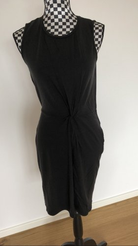 Halb langes Kleid