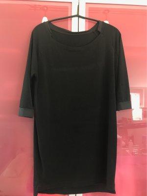 Halblanges Shirtkleid