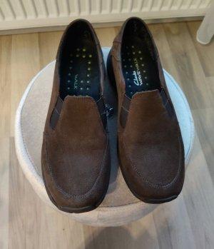 Clarks Pantofel brązowy