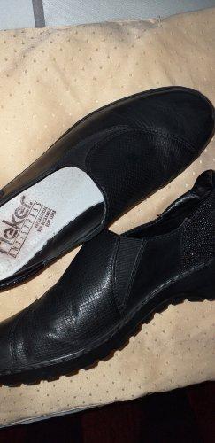 Rieker Pantofel czarny
