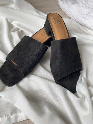 24 colours Zapatos sin cordones negro-coñac