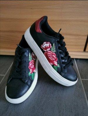 Halbschuhe/Sneaker