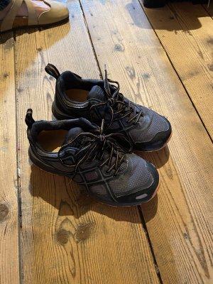 Halbschuhe / Wanderschuhe von Moorhead, Gr. 39 (passen gut einer 38)/nur 3x getragen