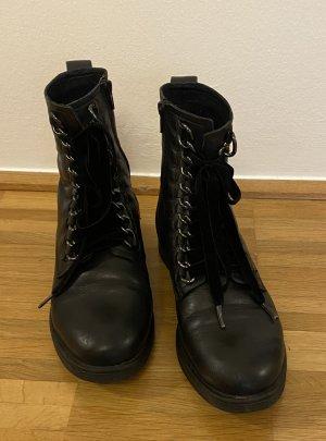 Hallhuber Boots in schwarz Gr. 38