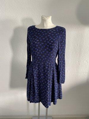Hallhuber Herzchen Kleid blau 38 edel
