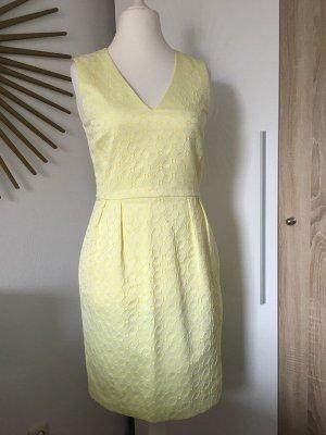 Hallhuber Kleid Etuikleid gelb & weiß, V-Ausschnitt Gr. 36 Blumen-Muster