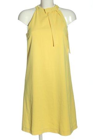 Hallhuber schulterfreies Kleid blassgelb Business-Look