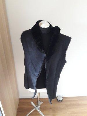 Hallhuber Fur vest black